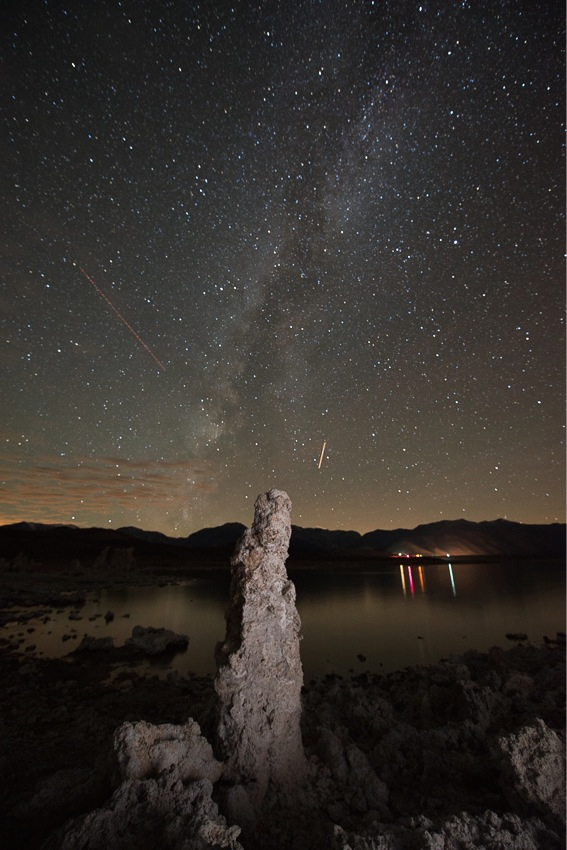 Milkyway over Mono Lake